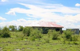 40*90 plot in RUIRU EAST JUJA EAST@500K With Ready Title Deed
