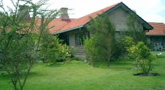 4 Bedroom Top Class Bungalow Sitting On A 3.3 Acres