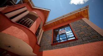 Beautiful 4 Bedroom Mansionatte House in Donholm (Harambee Sacco Estate)